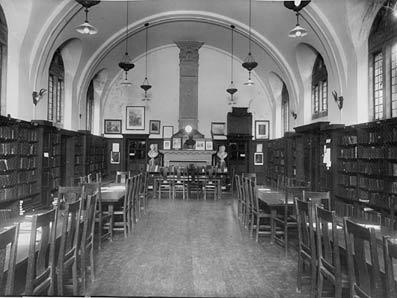 Dulwich College library in 1903