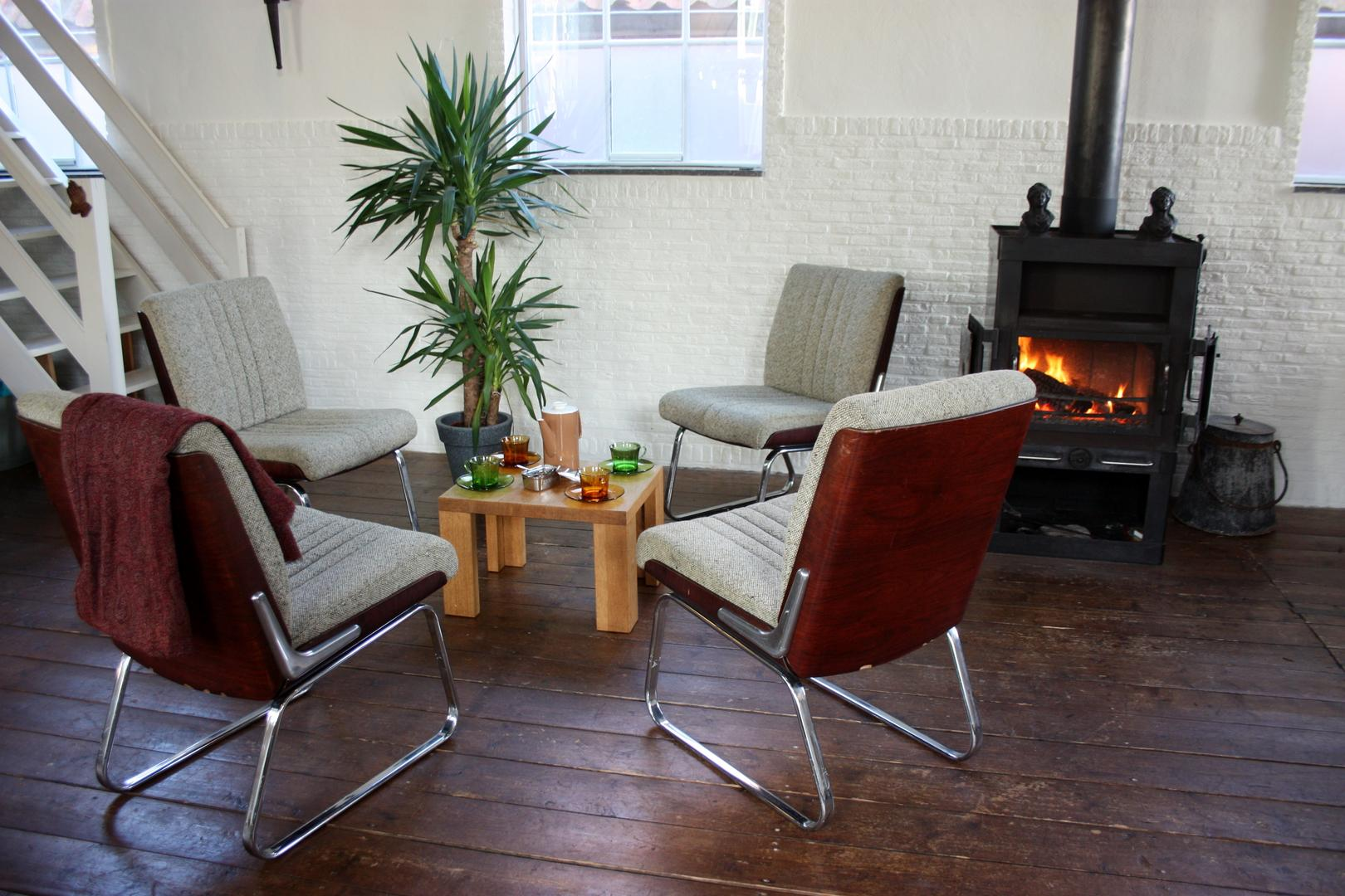 Vintage Chairs Gordon Russell / Eames